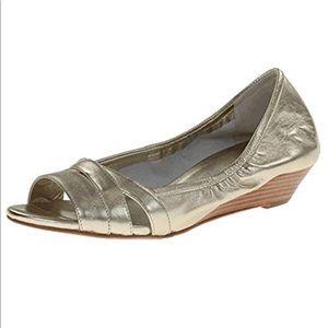 Cole Halan Nike Air soft gold wedge sandals sz 8.5